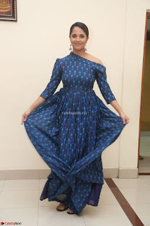 Anchor Anasuya in a Blue Gown at Jai Lava Kusa Trailer Launch ~  Exclusive Celebrities Galleries 031.JPG
