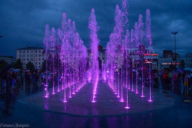 Музыкальное шоу фонтанов Пермь фото