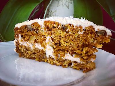 Ciasto marchewkowe z kremem kokosowym