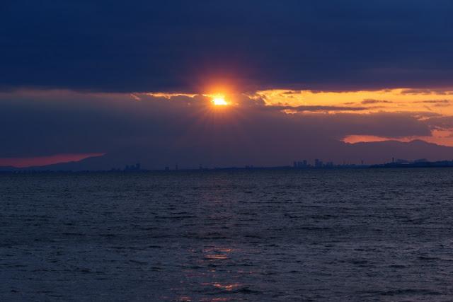 夕日のダイヤモンド富士~海浜幕張公園・幕張の浜