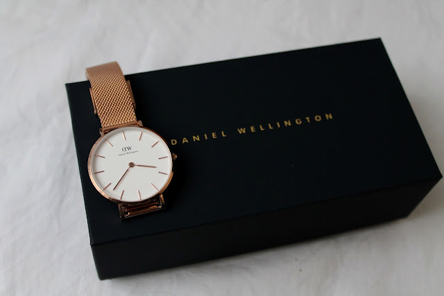 daniel wellington melrose watch