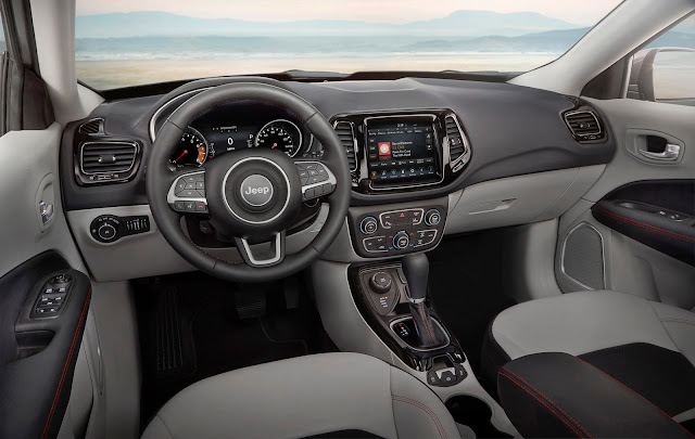Interior view of 2017 Jeep Compass Limited