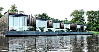 X Float villas floating