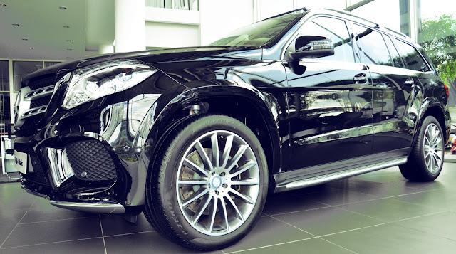 Thiết kế Mercedes GLS 500 4MATIC vô cùng ấn tượng, hiện đại