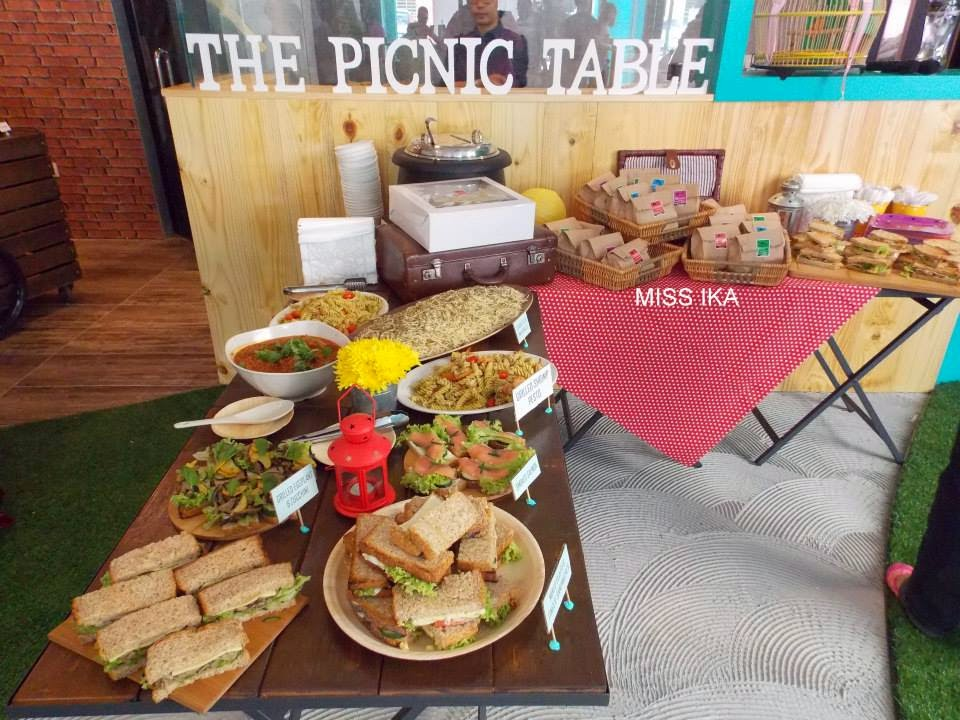 THE PICNIC TABLE BY SIMPLY SANDWICHES