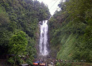 Air Terjun Bedegung,