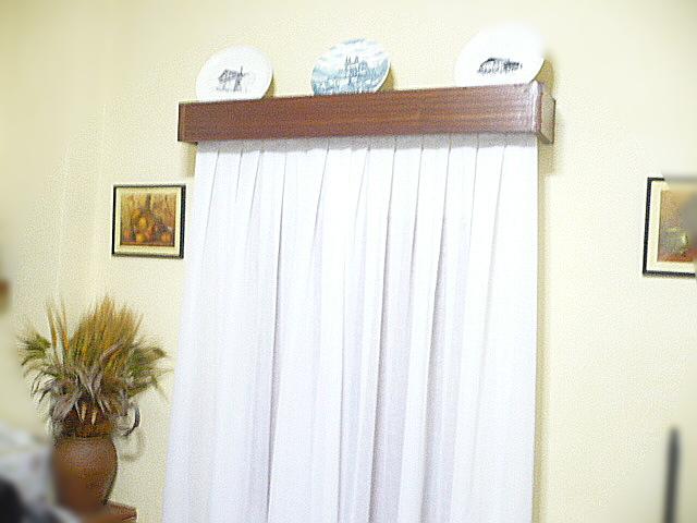 Esta casa es una ruina como hacer cajas de cortina muy for Como hacer ganchos para cortinas