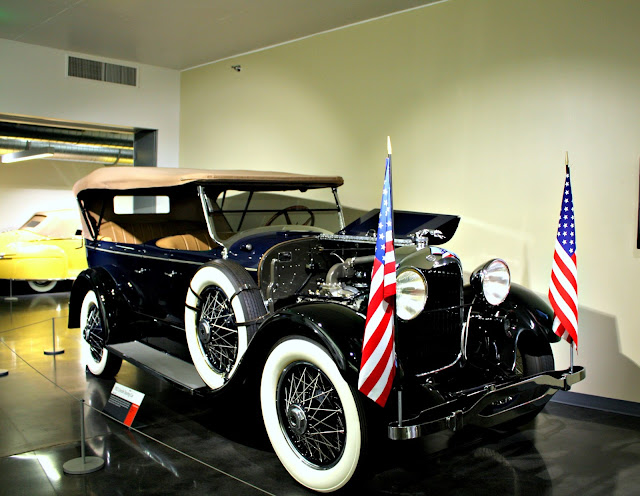 1923 Lincoln Touring Car at LeMay America's Car Museum