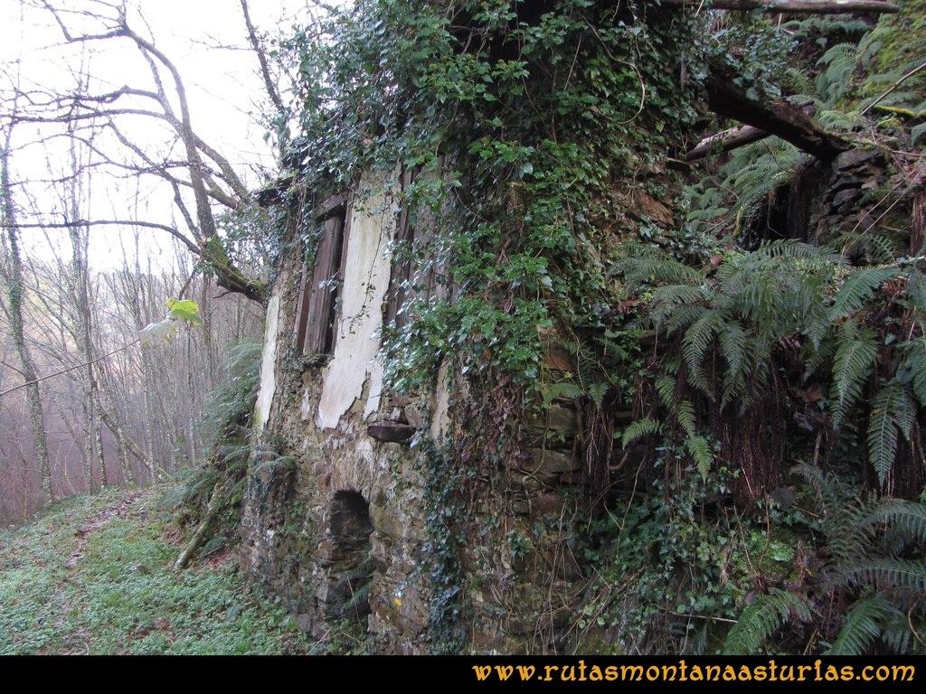 Senda de Bustavil, Tineo, PR AS-288: Edificio de la sierra hidráulica