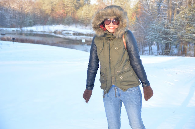 Army Coat- look of the day- snowy day - mariestilo - winter style - storm jonas