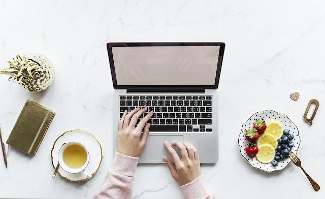 menulis online