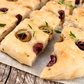 Oppskrift Hjemmebakt Perfekt Focaccia Oliven Timian Kjøttfri Tapas Vegetartapas