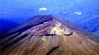 Sejarah Gunung Agung Meletus