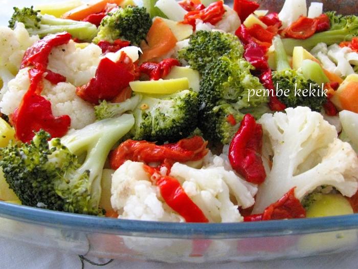 haşlanmış sebze salatası