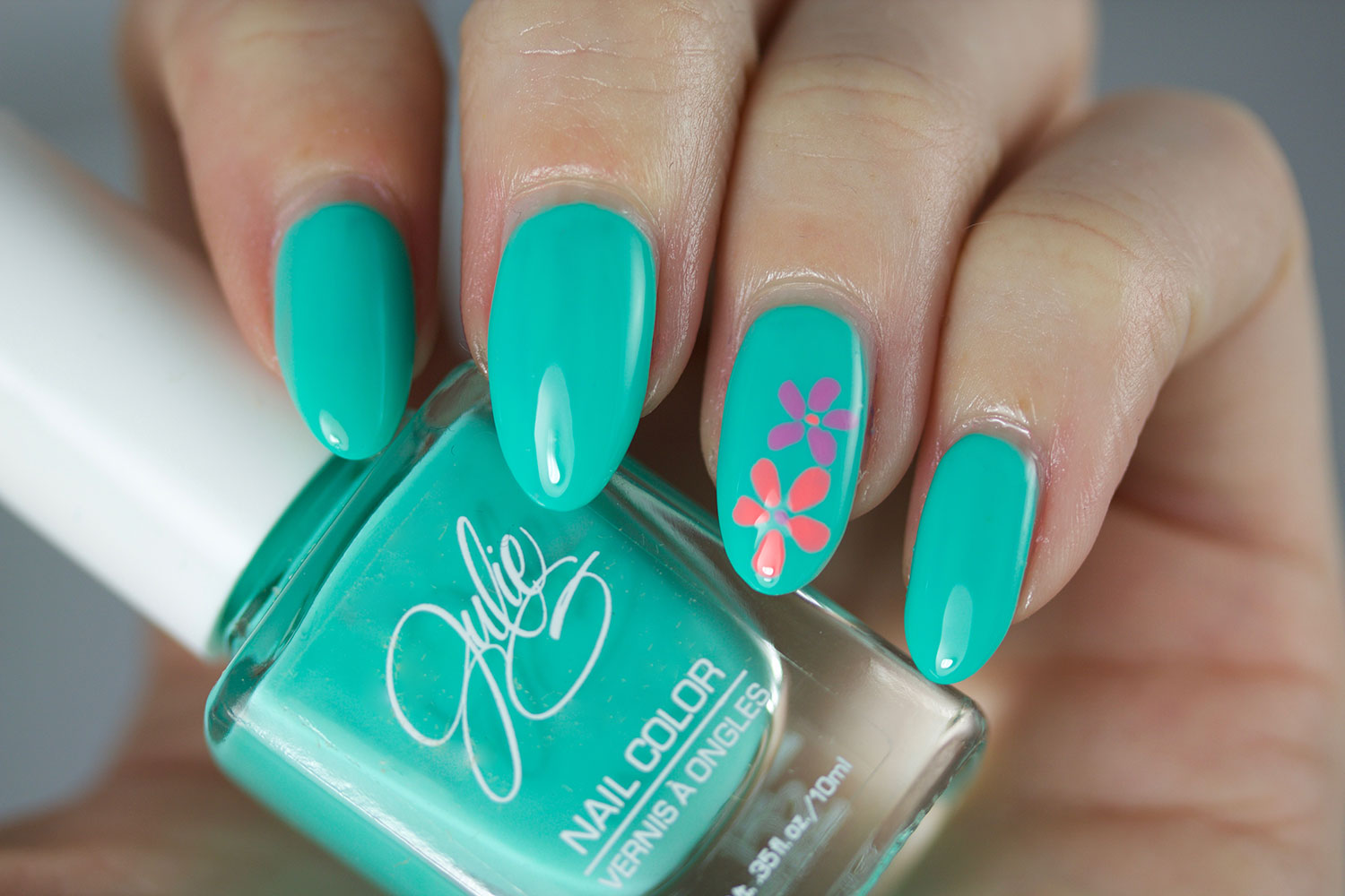 The Daily Nail, Jesse's Girl, Julie G, Tropical, Swatch
