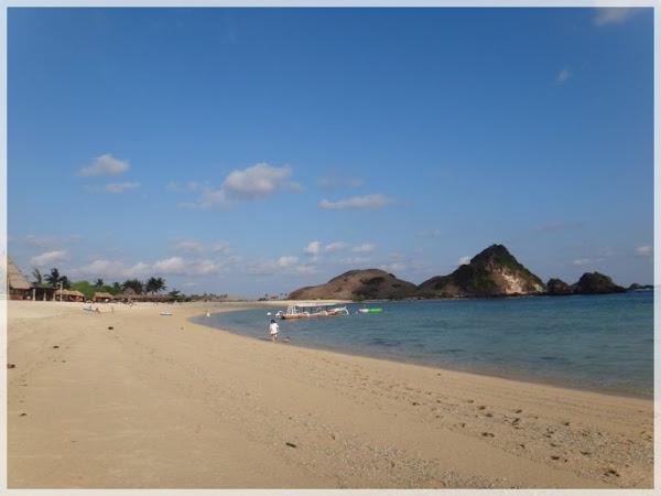 Menikmati Pesona Pantai-Pantai Di Lombok