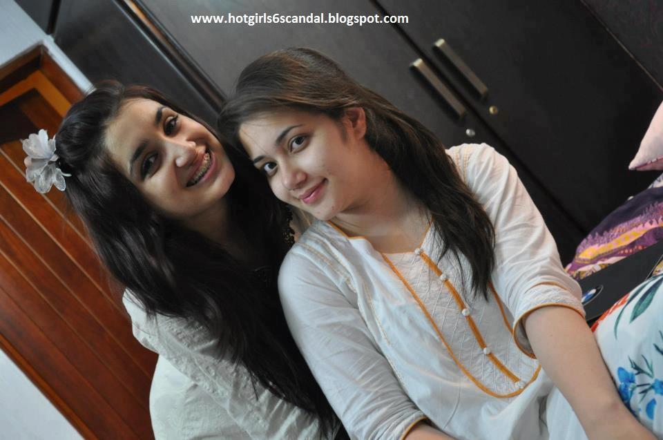 Bangla desi dhaka hostel girls hidden cam in toilet hq - 4 8