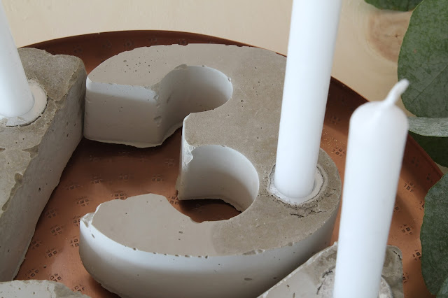 Adventskranz Beton selbermachen DIY Merry and be vorglitzern Advent