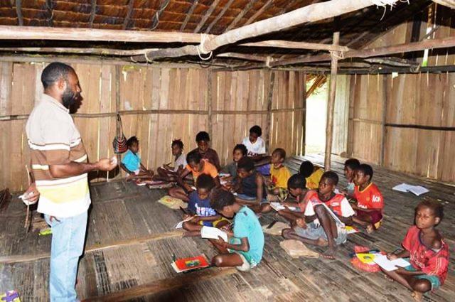 Ingin sekolah, anak pedalaman Papua terkendala Biaya