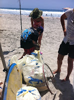 OluKai Giveback Day: 6 beaches, 300+ pounds of trash removed 3