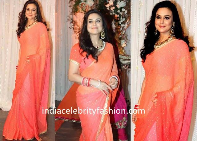 Preity Zinta in Glitter Sari at Bipasha basu Wedding Reception