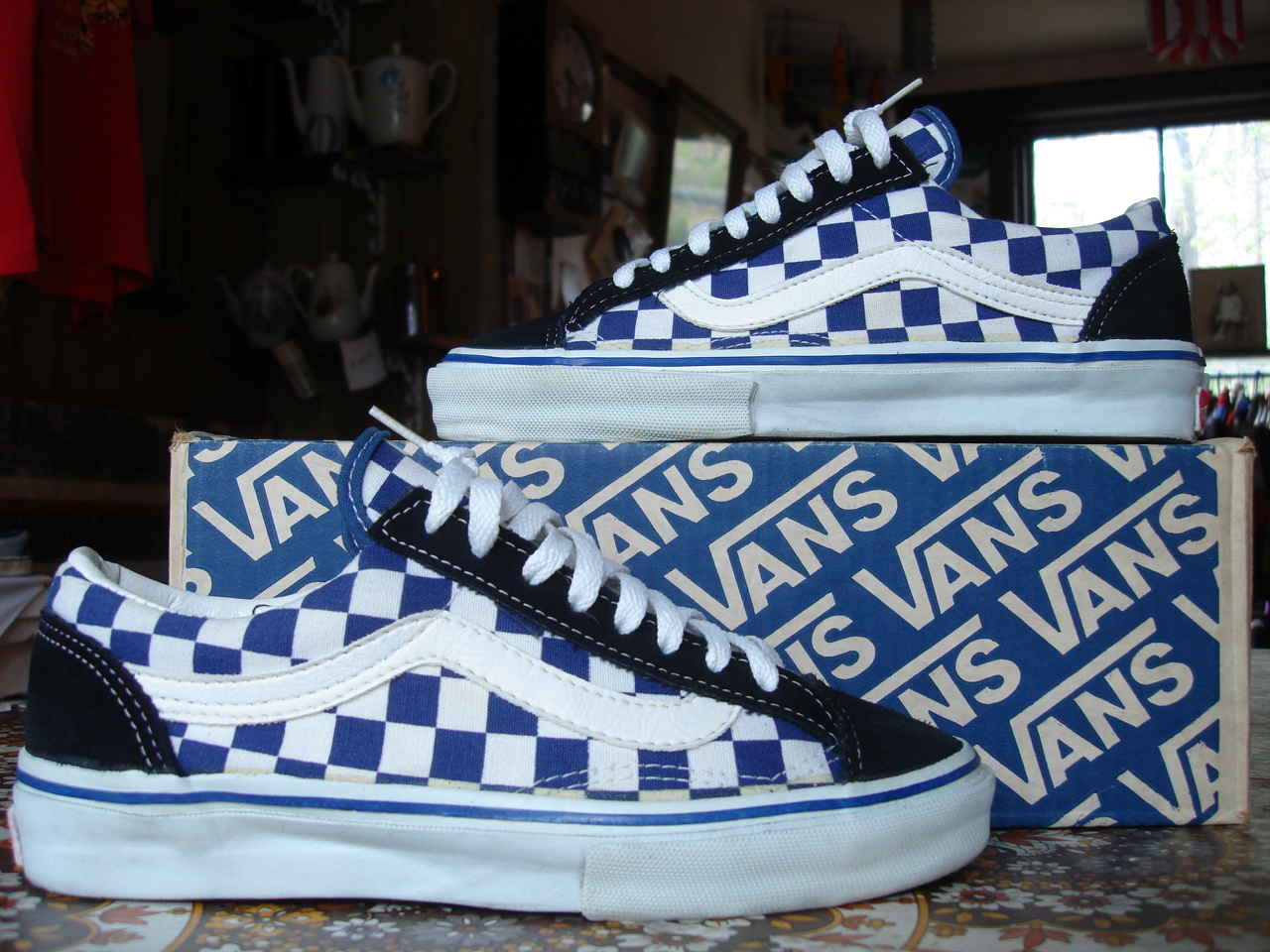 140891793e theothersideofthepillow  vintage VANS checkerboard OLD SKOOL style  36 MADE  IN USA skate bmx US7 checker
