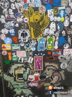 Sticker art como parte del Street Art