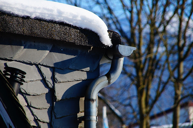 3 Tips For Maintaining Your Gutters & Downspouts