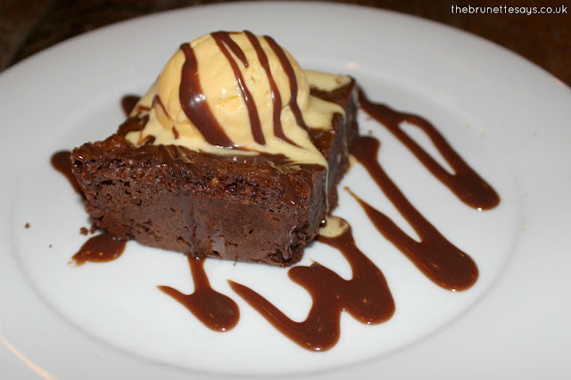 brownie, cosy club, review