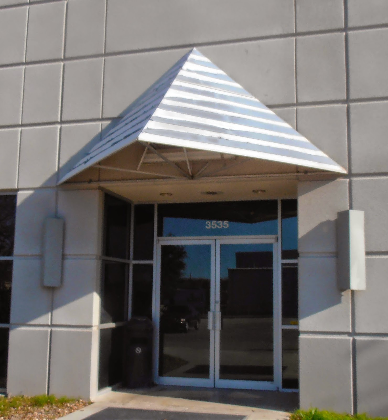 Seguin Canvas Amp Awning Llc What To Do If Your Awning Is