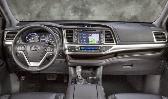 2014 Toyota Highlander XLE Review Canada