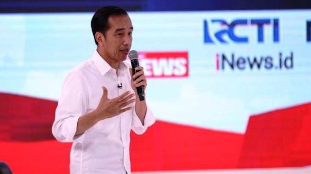 Patroli303 : Jokowi Bantah Pakai Earpiece Saat Debat