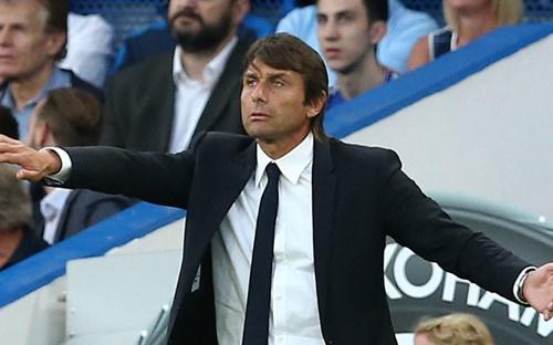 HLV Conte nhắm trở lại dẫn dắt tuyển Ý khi chiếc ghế ở Chelsea đang lung lay