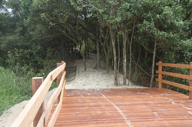 Prosseguem as obras do Parque Linear, obra que valoriza o Rio Candapuí e cria uma nova área de lazer, turismo e esportes na cidade