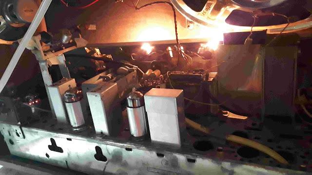 REPAIRING RADIO WITH VALVES FOR NEWBIES   grundig 4298