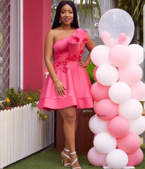 Ghanaian-actress,-Joselyn-Dumas-looks-stunning-in-new-photos