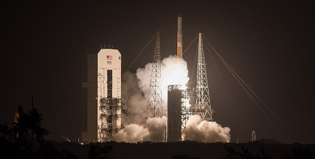 Delta-IV Medium+ (4,2) AFSPC-6 liftoff. Photo Credit: ULA