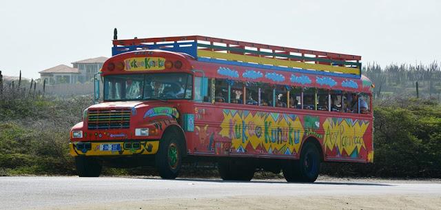 General Aruba bus