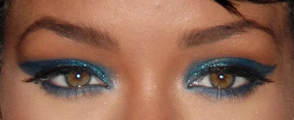 Best makeup for hazel eyes