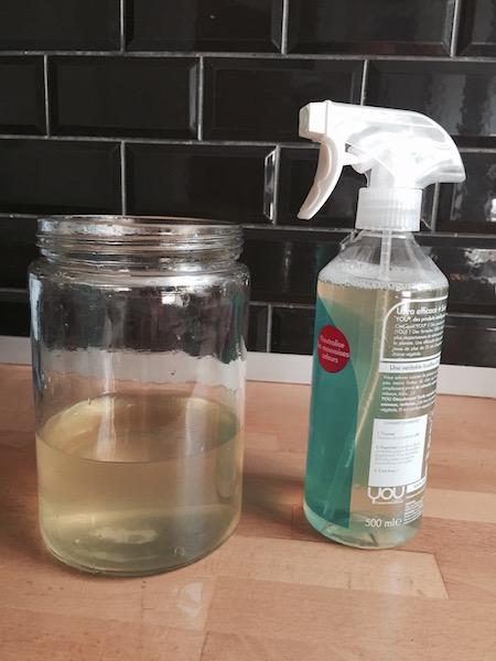 DIY : désodorisant pour  tissus d'ameublement naturel et écologique à base de vinaigre d'alcool