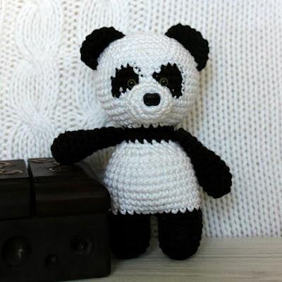 Панда игрушка амигуруми крючком