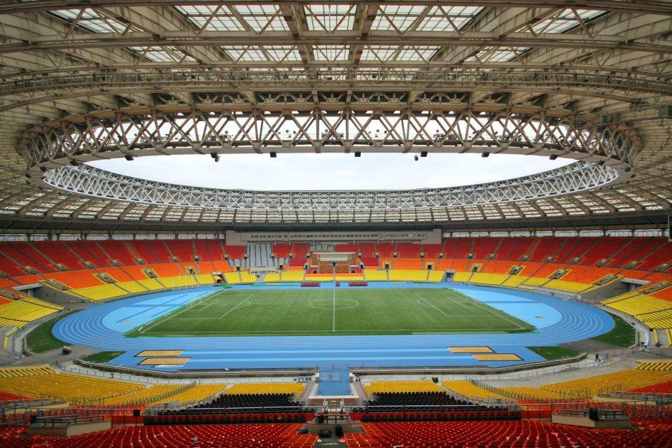 Moscou - Estádio Luzhniki - 81.000