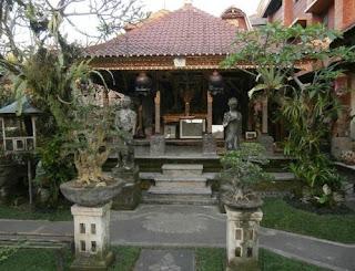 http://www.teluklove.com/2017/02/pesona-keindahan-wisata-lempad-house.html