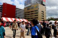 青森駅前広場