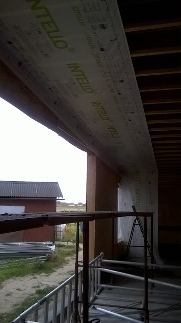 Intello plus aan plafond houtskelet