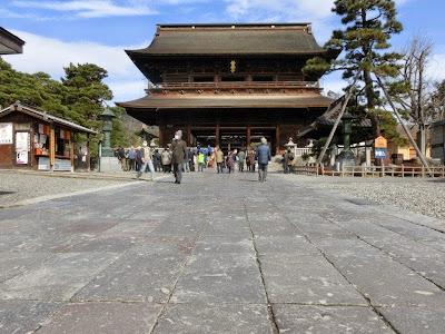善光寺の敷石