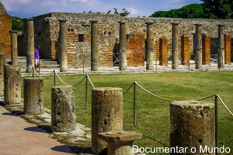 Quadriportico dei Teatri, Pompeia, Itália