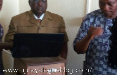 Ondo workers invade accountant-General's office, drag him to bank for their salaries