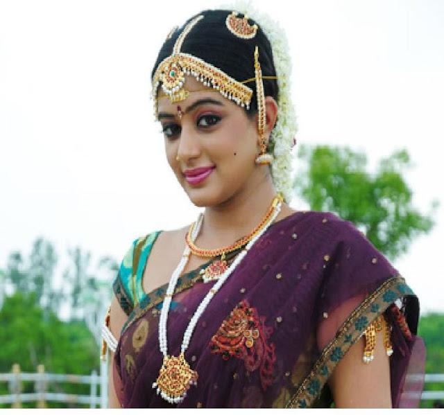 Heroine Priyamani Marriage Fixed (Photos)