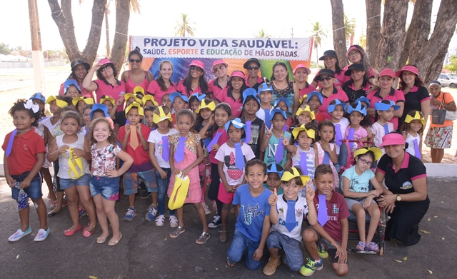 Barreiras: Escola Municipal São Francisco de Assis realiza 3ª edição do Projeto Vida Saudável, Saúde, Esporte e Educação de mãos dadas